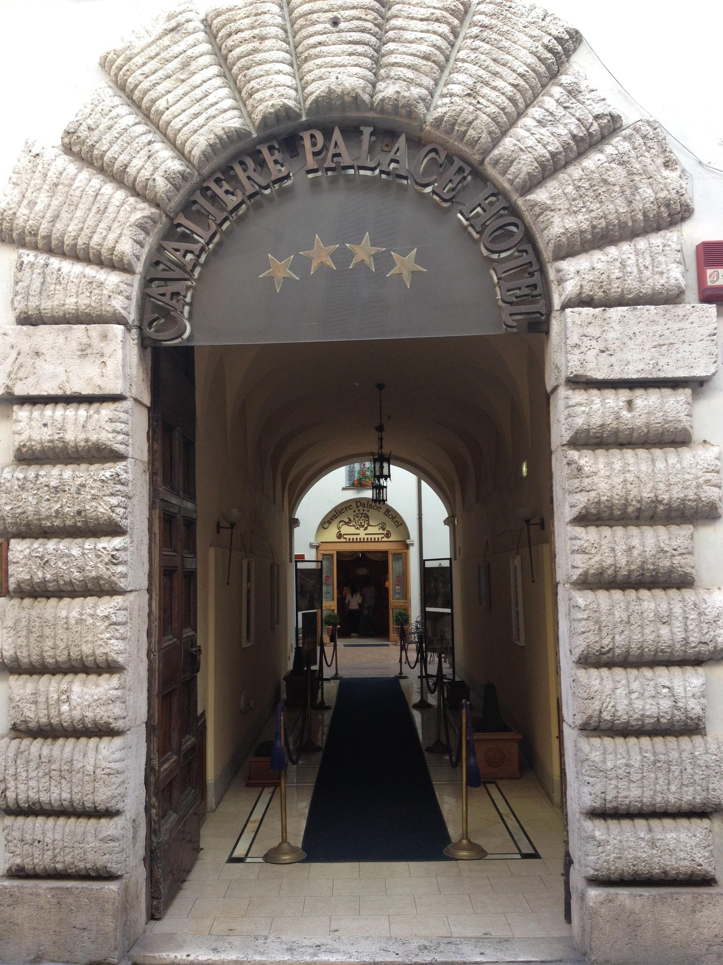 Cavaliere Palace Hotel, бывшая резиденция кардинала Аккорамбони делла Вальнерина
