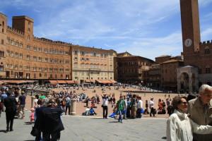 Площадь Пьяца де Кампо. Сиенa (Siena, Toscana)